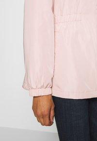 Lauren Ralph Lauren - FAUX MEMORY SKIRTED ANORACK - Lehká bunda - blush - 4