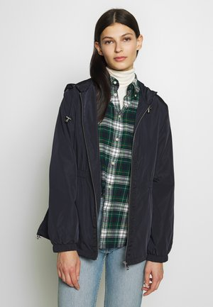 FAUX MEMORY SKIRTED ANORACK - Leichte Jacke - navy