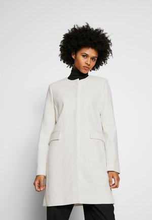 COLLARLESS CREPE - Short coat - cream