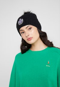 Lauren Ralph Lauren - BLEND CABLE PATCH HAT - Beanie - black - 1