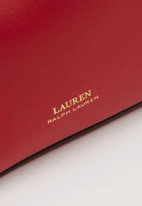 Lauren Ralph Lauren - SUPER SMOOTH DEBBY - Sac bandoulière - red/truffl - 3