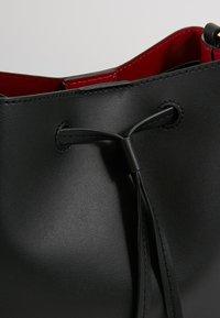 Lauren Ralph Lauren - SUPER SMOOTH DEBBY - Torba na ramię - black/crimson - 6