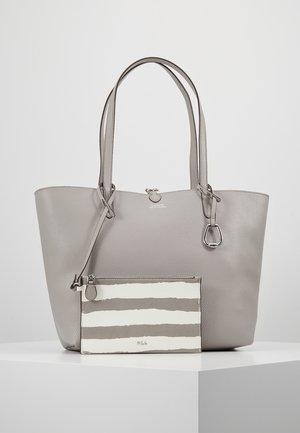 VEGAN TOTE - Handbag - driver grey/paint
