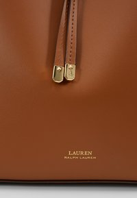 Lauren Ralph Lauren - SUPER SMOOTH DEBBY - Handbag - field brown/orange - 6