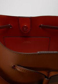 Lauren Ralph Lauren - SUPER SMOOTH DEBBY - Handbag - field brown/orange - 4
