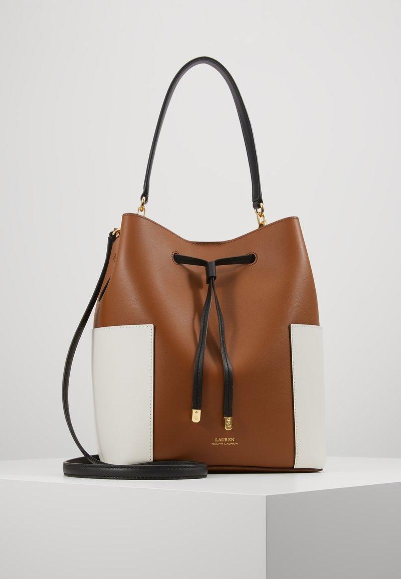 Lauren Ralph Lauren - DRYDEN DRAWSTRING DEBBY MEDIUM - Handbag - field brown/vanil
