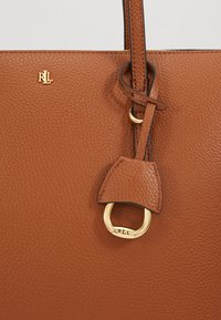 Lauren Ralph Lauren - PEBBLE GRAIN KEATON - Kabelka - lauren tan - 3