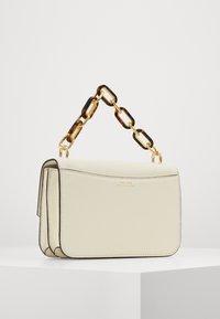 Lauren Ralph Lauren - CLASSIC PEBBLE MADISON - Across body bag - vanilla - 2