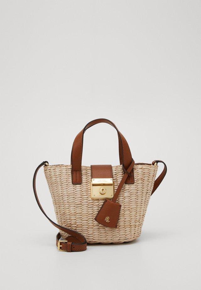 STRUCTURE REESE - Handtasche - natural/tan