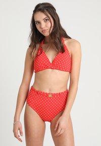 Lauren Ralph Lauren - HIGH WAIST BELTED PANT SHAPING FIT LOGO BELT BUCKLE - Bikinibroekje - red - 1