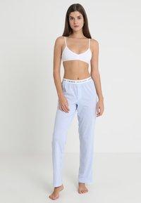Lauren Ralph Lauren - SEPARATE - Pyžamový spodní díl - pale blue - 1