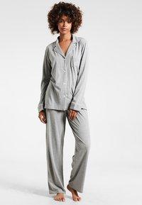 Lauren Ralph Lauren - HAMMOND CLASSIC NOTCH COLLAR  - Pyžamová sada - heather grey - 1