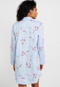 Lauren Ralph Lauren - 3/4 SLEEVE POINTED NOTCH SLEEPSHIRT - Noční košile - blue print - 2