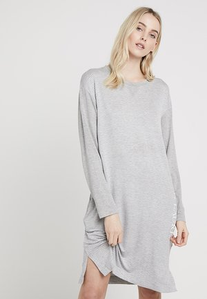 SCOOP NECK SLEEP TEE LOGO PRINT - Noční košile - heather
