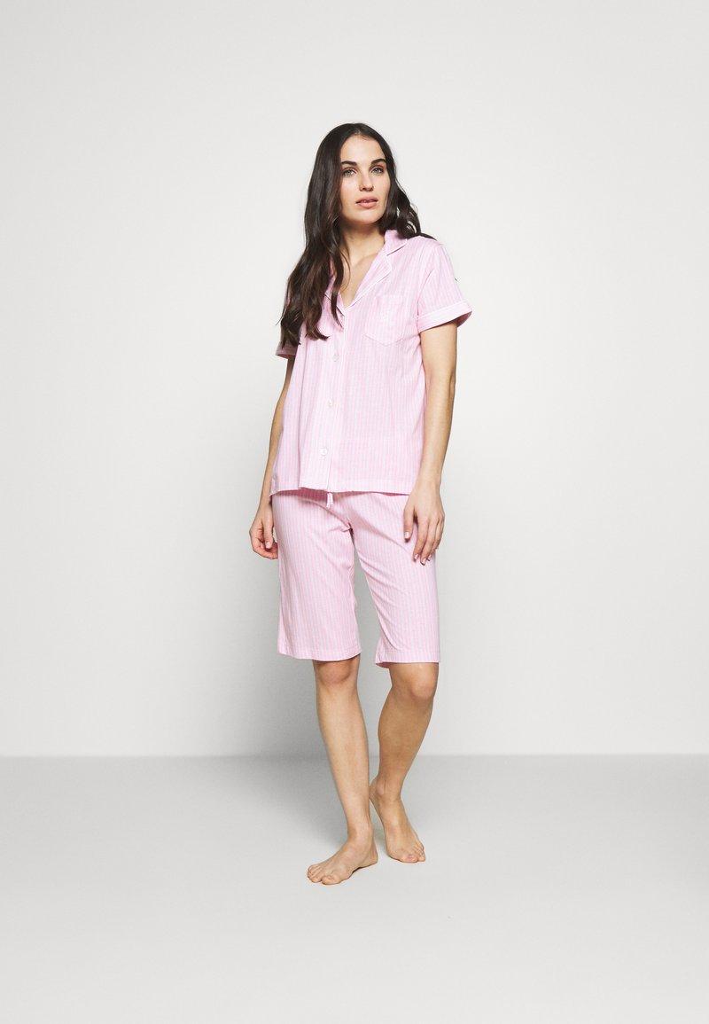 Lauren Ralph Lauren - DOLMAN NOTCH COLLAR BERMUDA SET - Pyžamová sada - pink