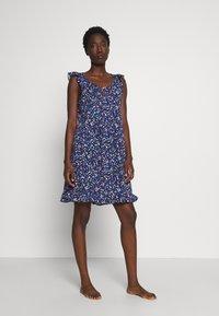 Lauren Ralph Lauren - FLUTTER FLOUNCE GOWN - Noční košile - navy print - 0