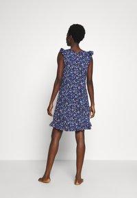 Lauren Ralph Lauren - FLUTTER FLOUNCE GOWN - Noční košile - navy print - 2