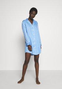 Lauren Ralph Lauren - POINTED NOTCH COLLAR - Noční košile - blue - 1