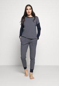 Lauren Ralph Lauren - SCOOP JOGGER PANT SET - Pyjamas - navy - 1