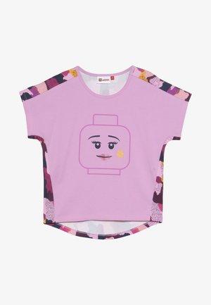 TIPPI 609 - T-shirt print - pink