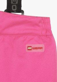 LEGO Wear - PLATON 725 SKI PANTS - Snow pants - dark pink - 6