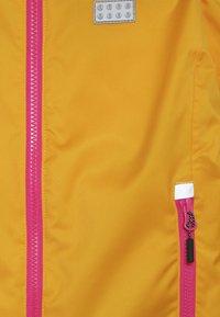 LEGO Wear - JOSEFINE JACKET - Lyžařská bunda - light orange - 5