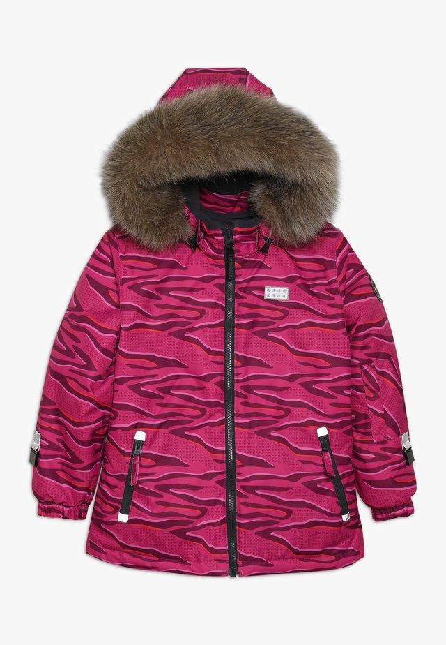 JOSEFINE JACKET - Lyžařská bunda - dark pink