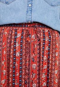 Louche - TIMO FOLKSTRIPE - A-snit nederdel/ A-formede nederdele - red - 4
