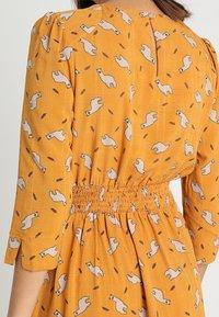 Louche - BIRTE LIAMA - Day dress - yellow - 5