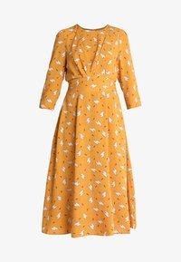 Louche - BIRTE LIAMA - Day dress - yellow - 4