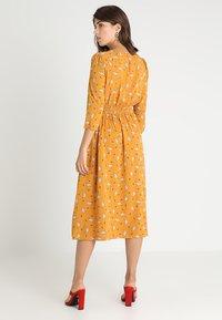 Louche - BIRTE LIAMA - Day dress - yellow - 2