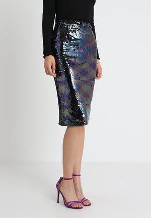 LEANA MIDNIGHT - Kynähame - purple