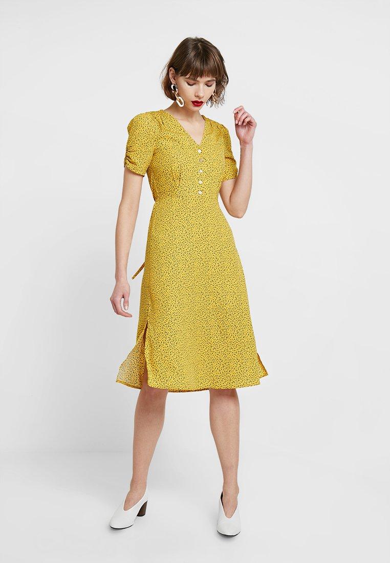 Louche - CHANTAL MINI FLEUR - Blusenkleid - yellow