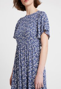 Louche - TEMOE DITSY - Day dress - blue - 4