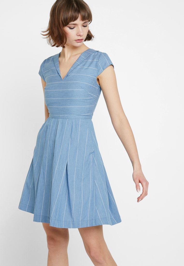 Louche - CHERISH STRIPE - Freizeitkleid - blue