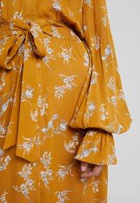 Louche - KALINDA - Shirt dress - mustard - 6