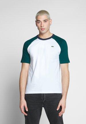 Print T-shirt - white/pine