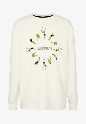 Sweatshirts - flour