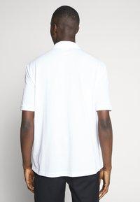 Lacoste LIVE - PH8027-00 - Polo shirt - white - 2