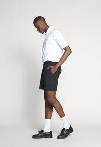 Lacoste LIVE - PH8027-00 - Polo shirt - white - 1