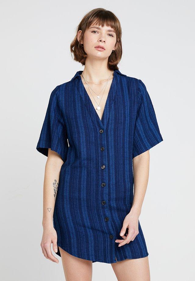 FRIDA DRESS - Skjortklänning - dark blue