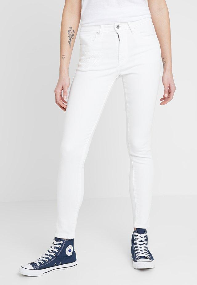 LMC 721 - Skinny džíny - white denim