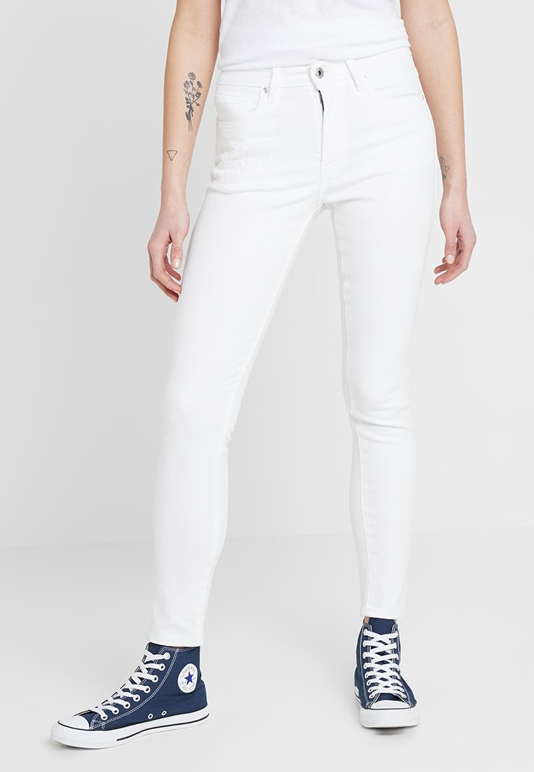 Levi's® Made & Crafted - LMC 721 - Jeans Skinny Fit - white denim