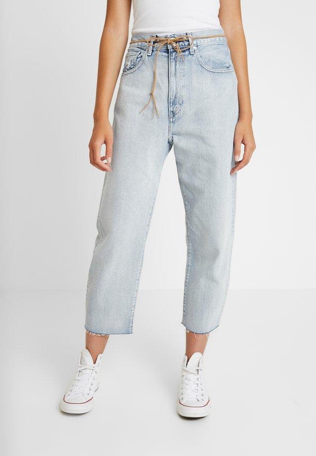 LMC BARREL - Straight leg jeans - crisp sky