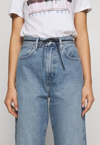Levi's® Made & Crafted - BARREL - Jeans Relaxed Fit - palm blues - 5