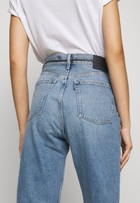 Levi's® Made & Crafted - BARREL - Jeans Relaxed Fit - palm blues - 3