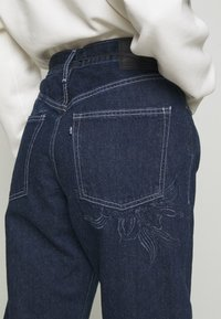 Levi's® Made & Crafted - BARREL - Jeans relaxed fit - majorelle blue - 3