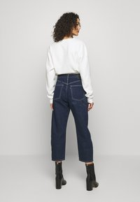 Levi's® Made & Crafted - BARREL - Jeans relaxed fit - majorelle blue - 2