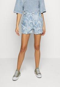 Levi's® Made & Crafted - CINCHED TAB - Denim shorts - light blue denim - 0