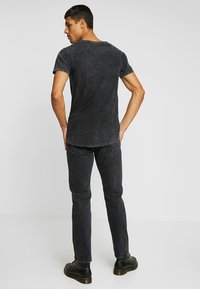 Levi's® Made & Crafted - 501® LEVI'S®ORIGINAL FIT - Jeans a sigaretta - black stonewash - 2